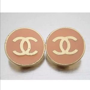 Chanel coral & gold clip on earrings